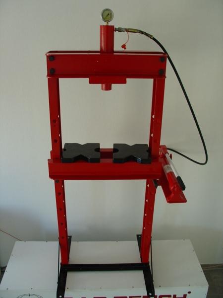 Werkstattpresse 20 to. mit Hydraulik und Manometer